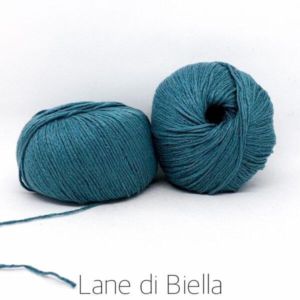 Gomitolo di Lana Colore Azzurro Scuro